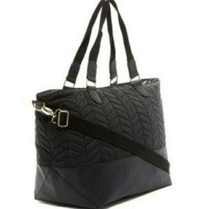 Madden girl weekender bag